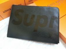 シュプリーム Supreme 黒色 大容量 クラッチバッグバッグコピー代引き