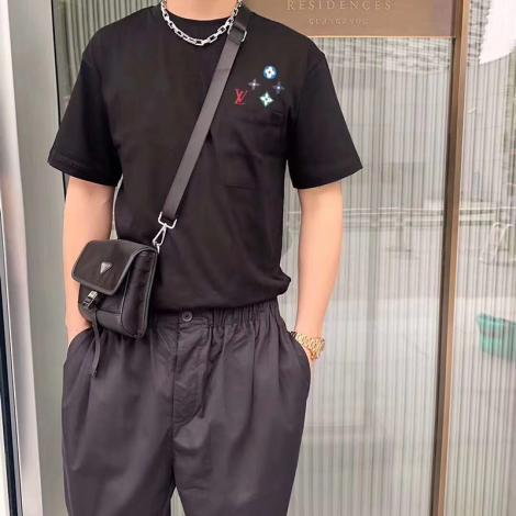 ルイヴィトン LOUIS VUITTON メンズ/レディース カップル クルーネック 2色 Tシャツ 綿 新品同様レプリカ販売口コミ