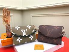 ルイヴィトン LOUIS VUITTON ショルダーバッグ  セカンドバッグ 2色 新入荷 M47547スーパーコピーバッグ国内発送専門店