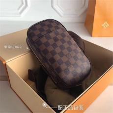 ルイヴィトン LOUIS VUITTON 胸バッグ 3色 送料無料 N51870スーパーコピーブランドバッグ激安安全後払い販売専門店