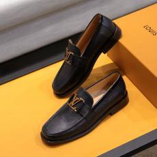 超レア ヴィトン LOUIS VUITTON  牛革革靴3色ビジネスシューズコピー靴口コミ工場直営店