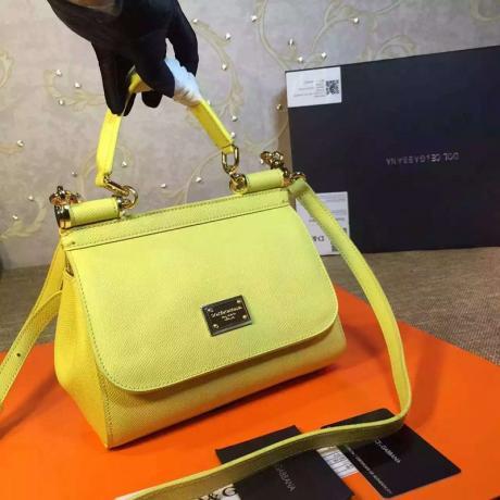 ブランド国内 ドルチェ & ガッバーナ  Dolce & Gabbana   ショルダーバッグ  斜めがけショルダー トートバッグ最高品質コピー代引き対応
