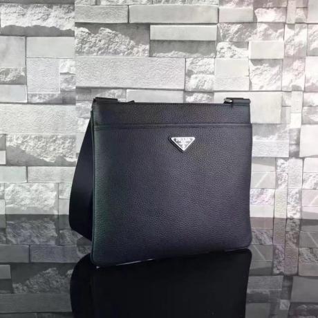 ブランド販売 プラダ  PRADA  0016-1 メンズ ショルダーバッグ  斜めがけショルダー格安コピー口コミ