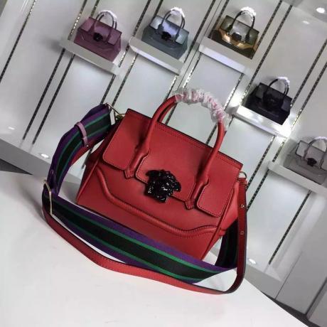 おすすめブランド国内 Versace ヴェルサーチ   赤色斜めがけショルダー トートバッグ ブランドコピーバッグ激安国内発送販売専門店