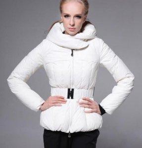 [雑誌掲載商品] モンクレール レディース ダウンジャケット MD1156 ホワイト