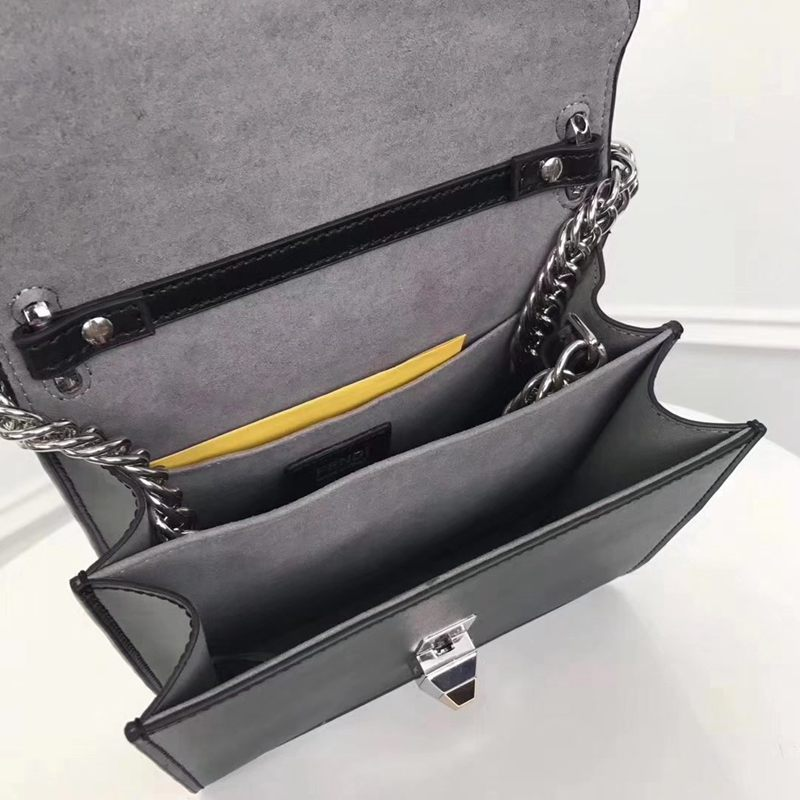 ブランド後払い フェンディ FENDI  2722-3 斜めがけショルダー偽物バッグ代引き対応