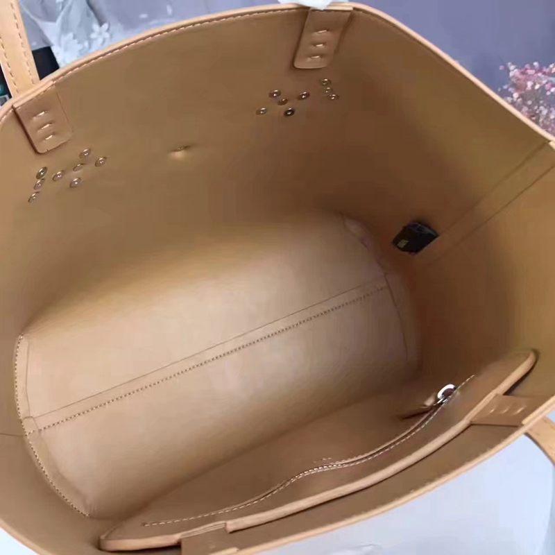 ブランド後払い フェンディ FENDI セール 2705-1 ショルダーバッグレプリカ販売バッグ