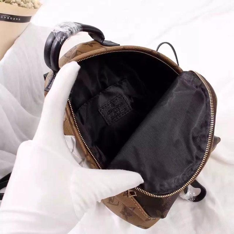 ブランド販売 ルイヴィトン  Louis Vuitton  M41562 バックパックコピー代引き国内発送安全後払い