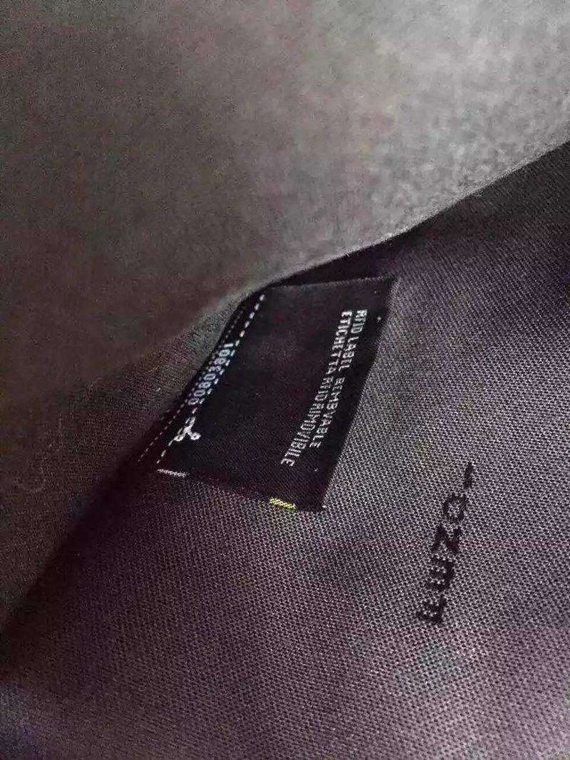 ブランド通販 フェンディ FENDI   クラッチバッグブランドコピーバッグ激安国内発送販売専門店