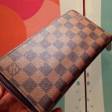店長は推薦しますLOUIS VUITTON ルイヴィトン     新作スーパーコピーブランド代引き財布