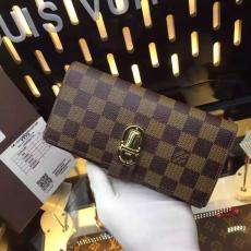 おすすめLOUIS VUITTON ルイヴィトン セール M58288-2 長財布  レプリカ財布 代引き