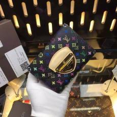 新作LOUIS VUITTON ルイヴィトン  M58081-2  短財布 2018年新作スーパーコピーブランド財布国内発送激安販売専門店