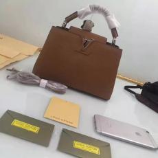 2018年秋冬 新作LOUIS VUITTON ルイヴィトン  M94519-3  カーキトートバッグ偽物販売口コミ