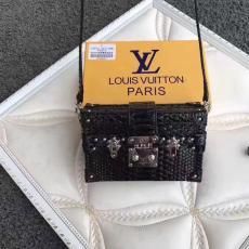 おすすめLOUIS VUITTON ルイヴィトン  M92419-4  斜めがけショルダー最高品質コピーバッグ代引き対応