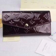 高評価 LOUIS VUITTON ルイヴィトン セール M60528-2   レプリカ販売財布