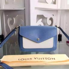 定番人気LOUIS VUITTON ルイヴィトン セール   斜めがけショルダーコピー 販売バッグ