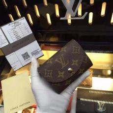 定番人気ルイヴィトン  LOUIS VUITTON 特価 M60253-1 短財布  安全後払いスーパーコピー財布通販