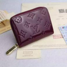 2018年新作ルイヴィトン  LOUIS VUITTON  M60067-6 短財布  スーパーコピー財布通販