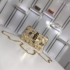 ブランド可能 Dolce & Gabbana ドルチェ & ガッバーナ 値下げ  斜めがけショルダースーパーコピーブランド激安販売専門店