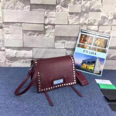 ブランド通販 プラダ  PRADA  1BD082-2 レディース ショルダーバッグ偽物販売口コミ