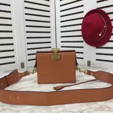 ブランド後払い ディオール  DIOR セール価格 9018-3 レディース ショルダーバッグ最高品質コピーバッグ