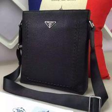 ブランド販売 プラダ  PRADA   メンズ ショルダーバッグ  斜めがけショルダー激安販売バッグ専門店