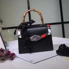 ブランド販売 グッチ  GUCCI セール 453751-1 黒色ショルダーバッグ トートバッグバッグ最高品質コピー代引き対応
