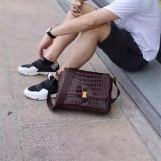 ブランド後払い プラダ  PRADA 値下げ  メンズ ショルダーバッグ  斜めがけショルダーレプリカ販売バッグ