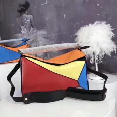 送料無料ブランド可能 Loewe ロエベ 特価 L0153-1 レディース ショルダーバッグ  斜めがけショルダー トートバッグ2018年新作コピーブランドバッグ代引き