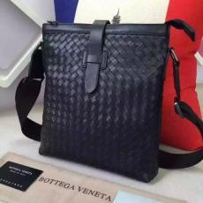 ブランド販売 ボッテガヴェネタ  Bottega Veneta  16611 メンズ ショルダーバッグ  斜めがけショルダースーパーコピーバッグ激安安全後払い販売専門店