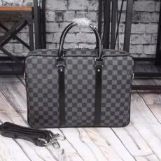 ブランド国内 ルイヴィトン  LOUIS VUITTON  52005-3 メンズ ショルダーバッグ トートバッグスーパーコピー激安バッグ販売
