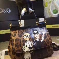 ブランド国内 ドルチェ & ガッバーナ  Dolce & Gabbana   ショルダーバッグ  斜めがけショルダー トートバッグ激安代引き口コミ