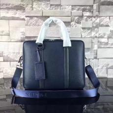 ブランド販売 プラダ  PRADA  2VE366-2 メンズ ショルダーバッグ トートバッグ格安コピーバッグ口コミ