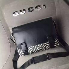 ブランド国内 グッチ  GUCCI  406367 メンズ 斜めがけショルダーレプリカ販売