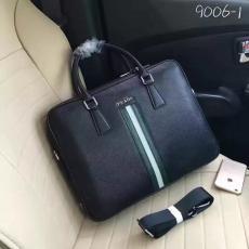 ブランド国内 プラダ  PRADA  9006-1 メンズ ショルダーバッグ トートバッグ激安販売専門店