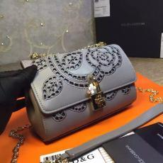 ブランド通販 ドルチェ & ガッバーナ  Dolce & Gabbana   ショルダーバッグスーパーコピー代引き可能