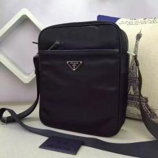 ブランド後払い プラダ  PRADA  2002-1 メンズ ショルダーバッグコピー 販売バッグ