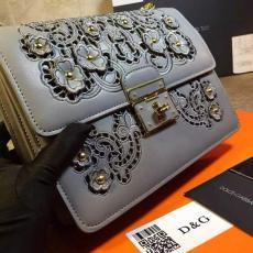 ブランド販売 ドルチェ & ガッバーナ  Dolce & Gabbana   ショルダーバッグ  斜めがけショルダーコピー代引き国内発送安全後払い