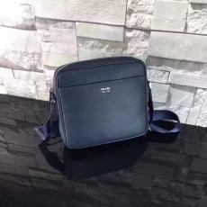 ブランド通販 プラダ  PRADA  2VH014-2 メンズ ショルダーバッグ  斜めがけショルダースーパーコピー代引き国内発送