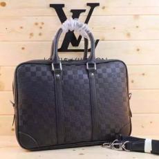 ブランド販売 ルイヴィトン  LOUIS VUITTON セール価格 M41218 メンズ ショルダーバッグ トートバッグブランドコピーバッグ激安販売専門店
