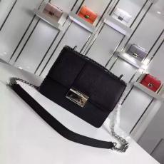 ブランド後払い プラダ  PRADA  1BD080-3 斜めがけショルダーコピーブランド激安販売バッグ専門店
