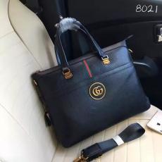 ブランド販売 グッチ  GUCCI セール 8021 メンズ ショルダーバッグ トートバッグ最高品質コピーバッグ