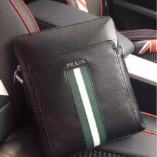ブランド可能 PRADA プラダ セール 86023A メンズ ショルダーバッグコピー最高品質激安販売