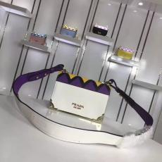 ブランド販売 プラダ  PRADA  1BA049-1 ショルダーバッグコピー口コミ