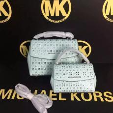 ブランド販売 マイケルコース  MICHAEL KORS セール  トートバッグレプリカ販売口コミ