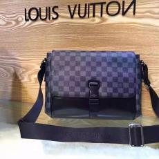 ブランド通販 ルイヴィトン  LOUIS VUITTON セール 41457 メンズ ショルダーバッグ  斜めがけショルダースーパーコピーバッグ激安販売専門店