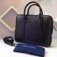 ブランド国内 プラダ  PRADA  0976 メンズ 斜めがけショルダー トートバッグ スーパーコピー激安販売専門店