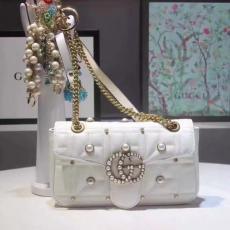 ブランド可能 GUCCI グッチ  443497-1 レディース 白色ショルダーバッグ  斜めがけショルダーレプリカ販売バッグ