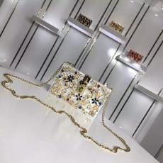 ブランド可能 Dolce & Gabbana ドルチェ & ガッバーナ 値下げ  ショルダーバッグ  斜めがけショルダースーパーコピーバッグ国内発送専門店