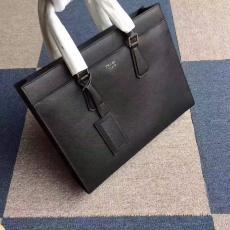 ブランド販売 プラダ  PRADA  2VG014-1-1 メンズ トートバッグブランドコピー代引き可能
